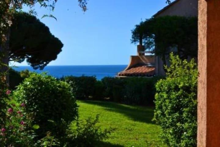 vue sur le golfe de saint-tropez - Sainte-Maxime - Servicelägenhet