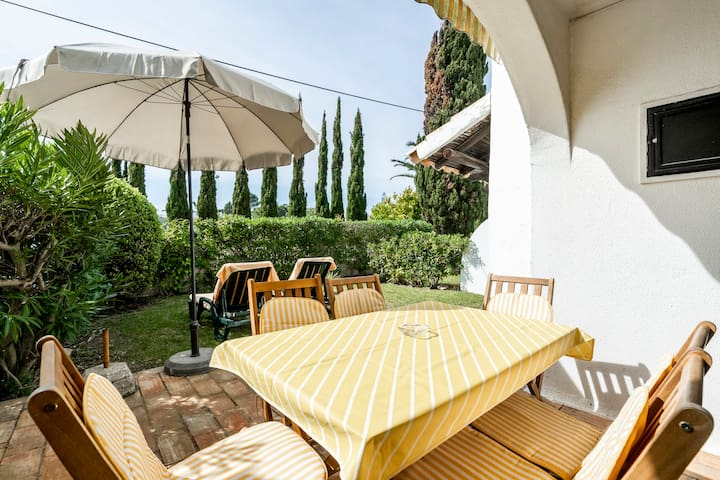 Typical Beach House | just 88m to the beach