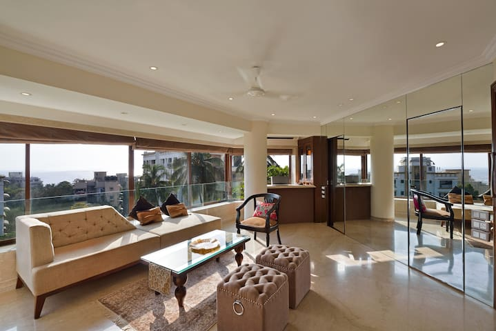 Sea View 3 Bedroom Residence in Bandra