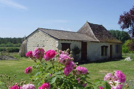 Gîte pour 2 prox Issigeac  axe Bergerac-Monpazier