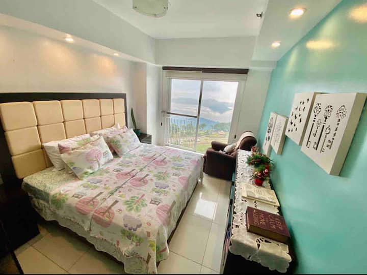 Wind CondoTagaytay (Free Personal Private Parking)