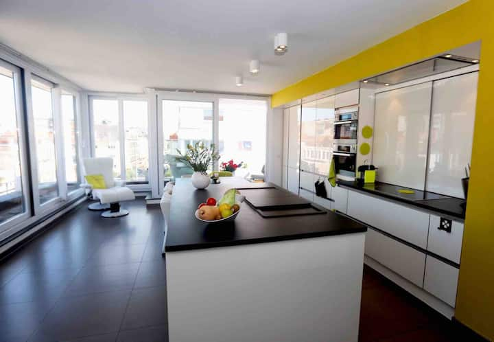 Luminous & comfy duplex, radiant view from terrace
