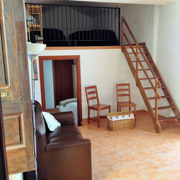 Mezzanine Loft with Two Twin Beds - Perfect for Children
