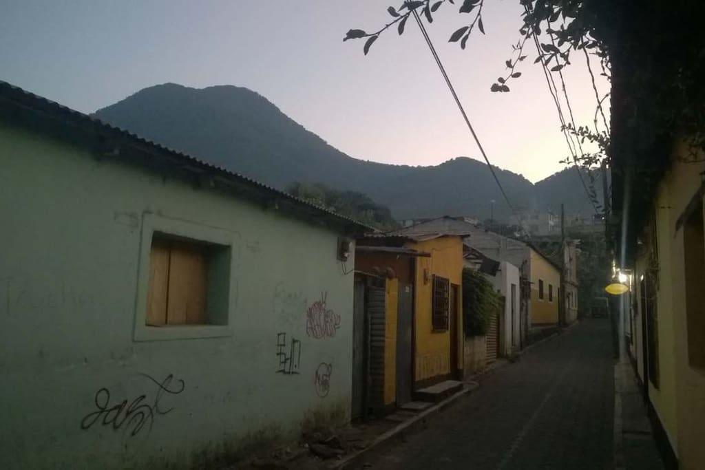Casa buena vibra room n 5 casas en alquiler en san pedro la laguna solol department guatemala - Alquiler habitacion la laguna ...