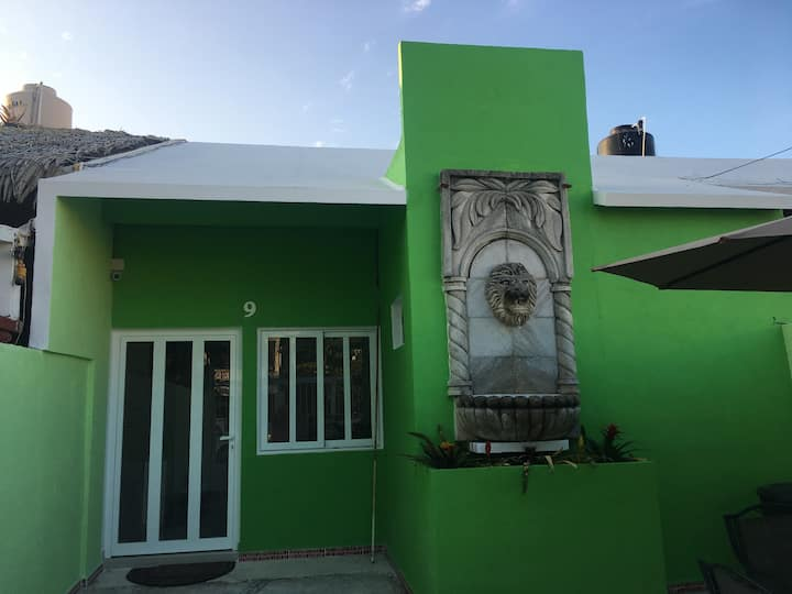Cómoda Habitación en el Centro de Cancun.