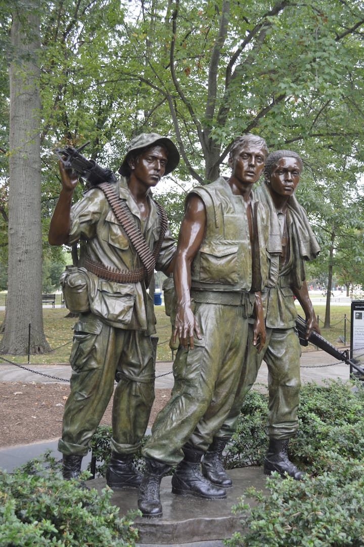 Vietnam Three Soldiers Memorial