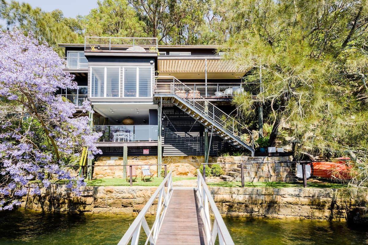 Calabash Bay Lodge, a Stunning Waterfront Eco Villa & Boat