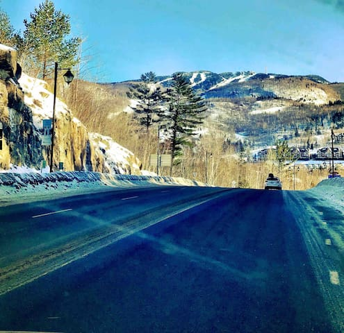 La route menant vers le logement