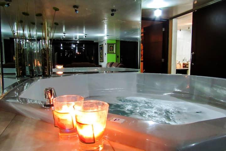 Luxury Penthouse Apartment-Departament Jacuzzi