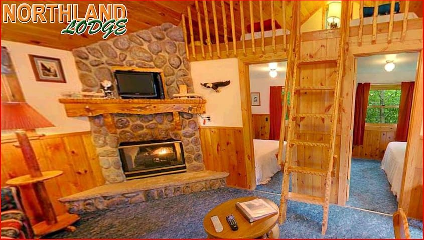 Eagle's Nest: 2+Bedroom, 1 bath at Northland Lodge