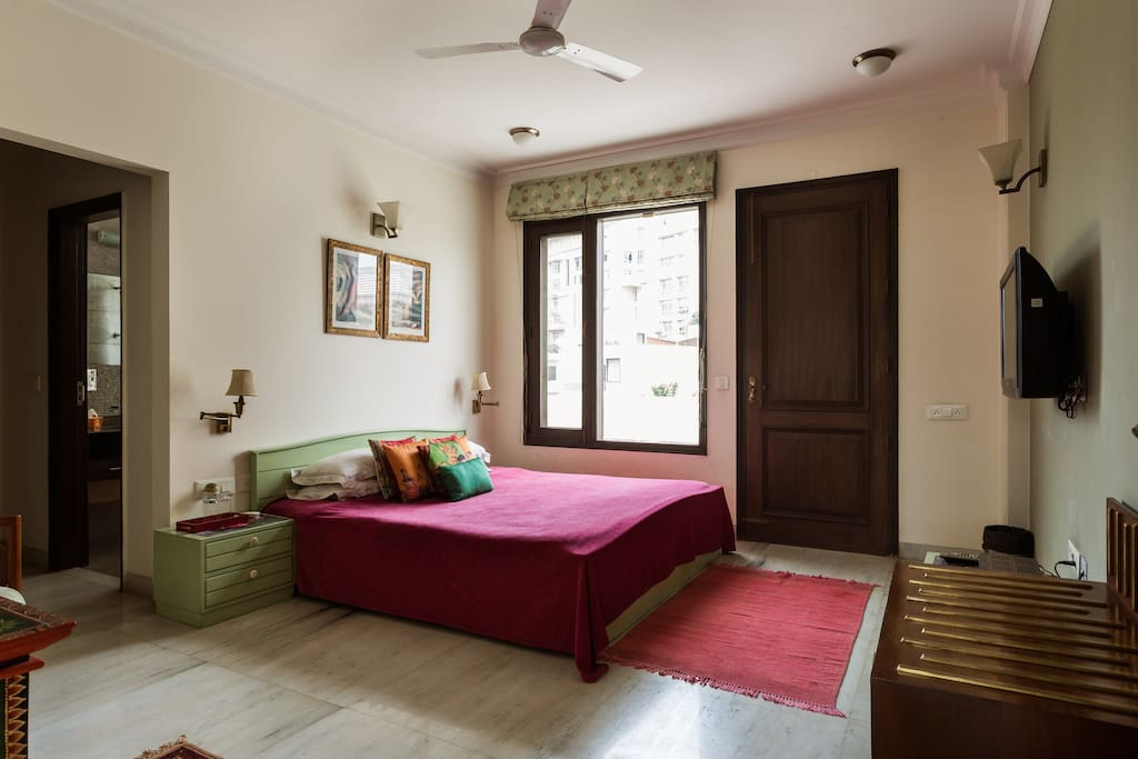 Yellow Brick Home Stay In Gurgaon Houses For Rent In Gurgaon Haryana India