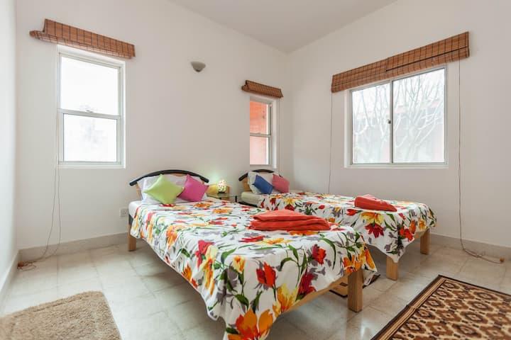 sunnyvilla room 2