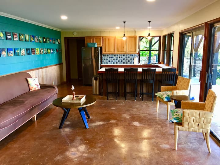 2 Bedroom in the Kona Hills on a Coffee Farm