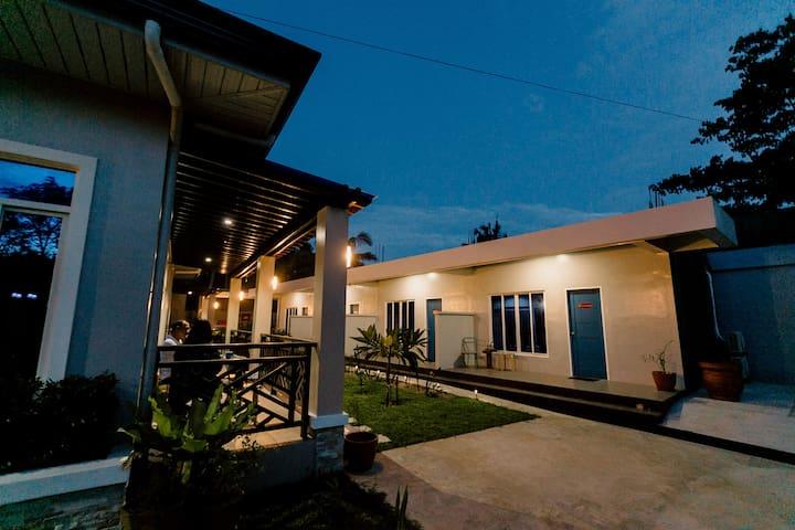 Jacaranda Place - Clovelly - Panglao, Bohol