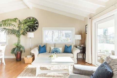 Walk to the Beach From an Airy Bungalow