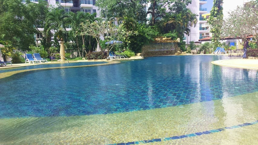 Welcome to Phuket Palace Patong - Patong - Apartment