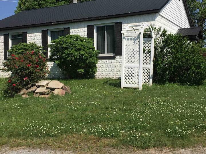Eva's Country Cottage