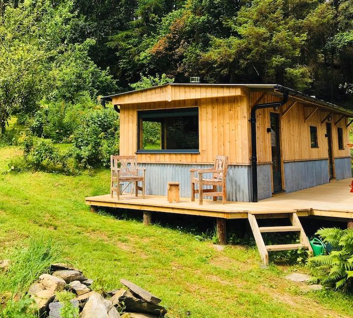 Cosy super snug getaway Cabin in Artists Valley