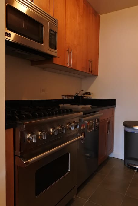 New appliances: stove, oven, microwave and dishwasher