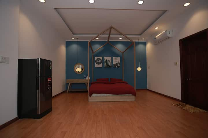Family studio room- 5mins walk to Inh Kieu Quay