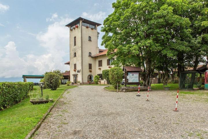 Spacious Farmhouse in Verbania with Garden