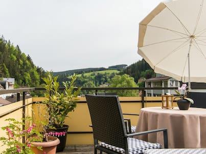Zentral gelegen und doch ruhig - Triberg