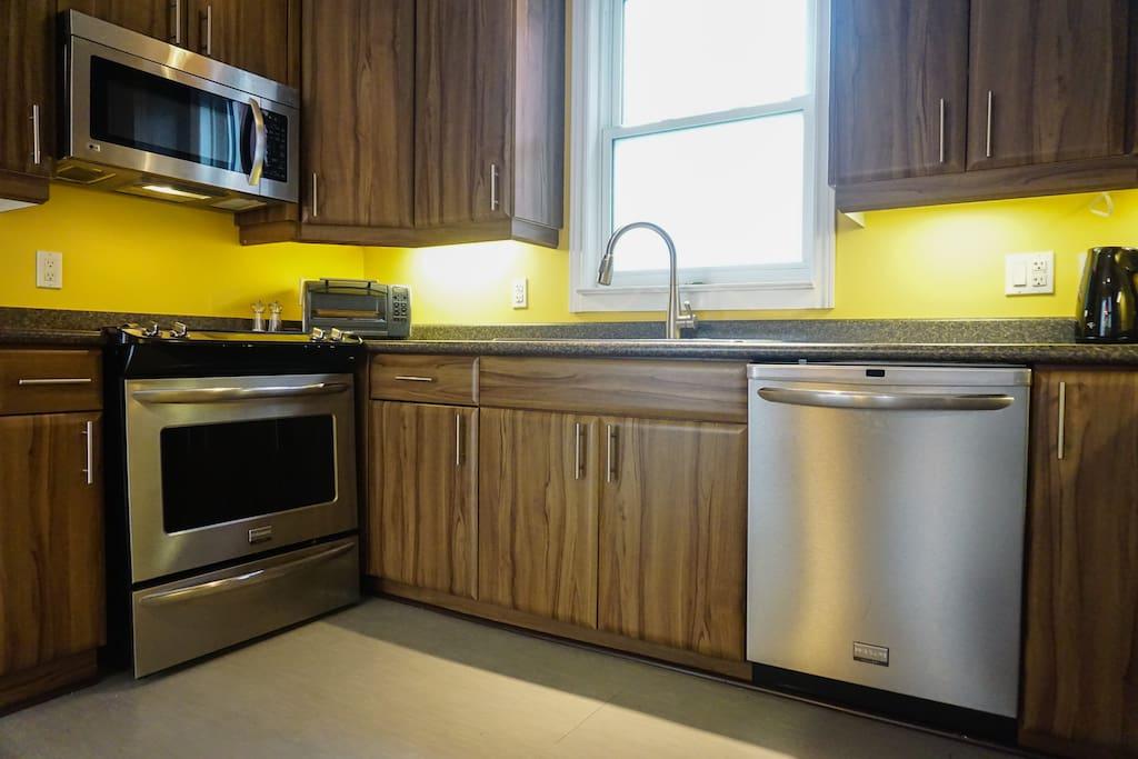 Spacious, clean, modern kitchen.