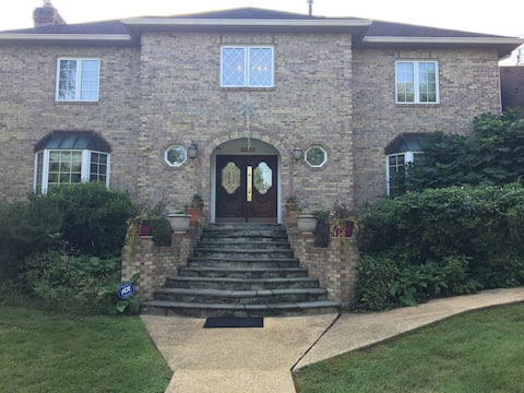The Italian Mini-Mansion of Maryland
