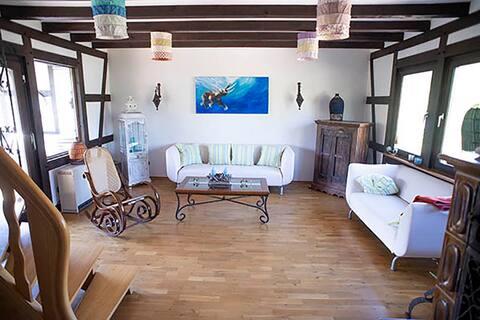 Romantische grosse Duplex-Ferienwohnung  mit Kamin