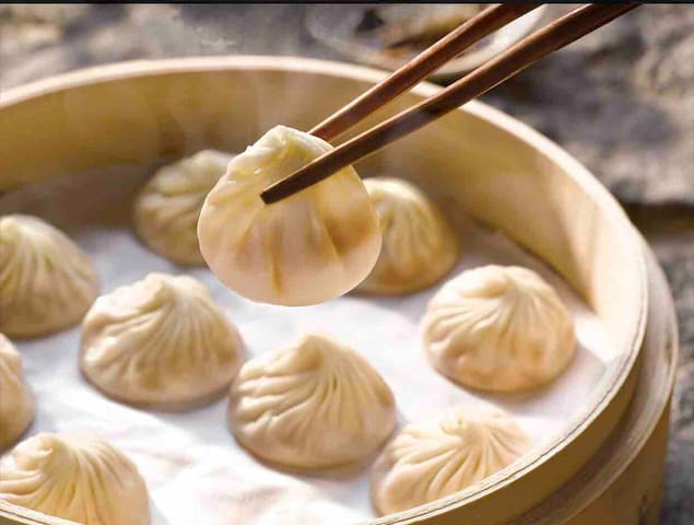 "Din Tai Fung, Xiao Long Bao ""soup dumplings"", 10 minutes away"