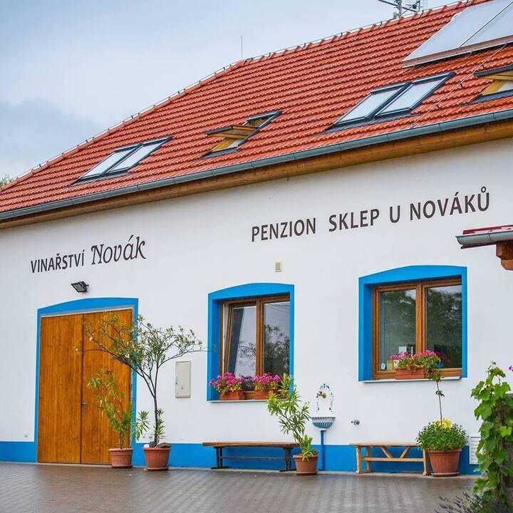 Vinný sklep a penzion U Nováků