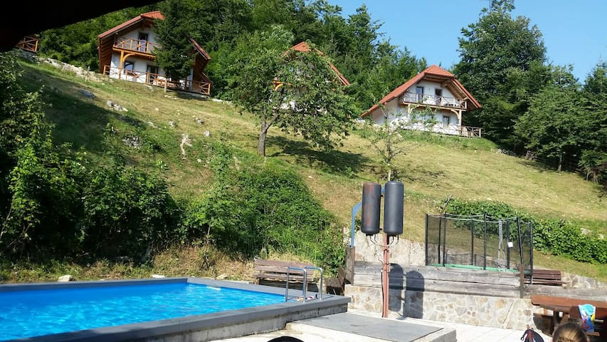 Holiday home Pavlin 2. - Šenturška Gora - Hus