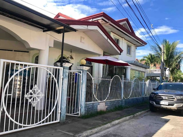 House of AGA / 4br Family Home / Uptown Area CDO