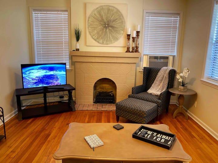 Historic Cloverdale Suite  - 4