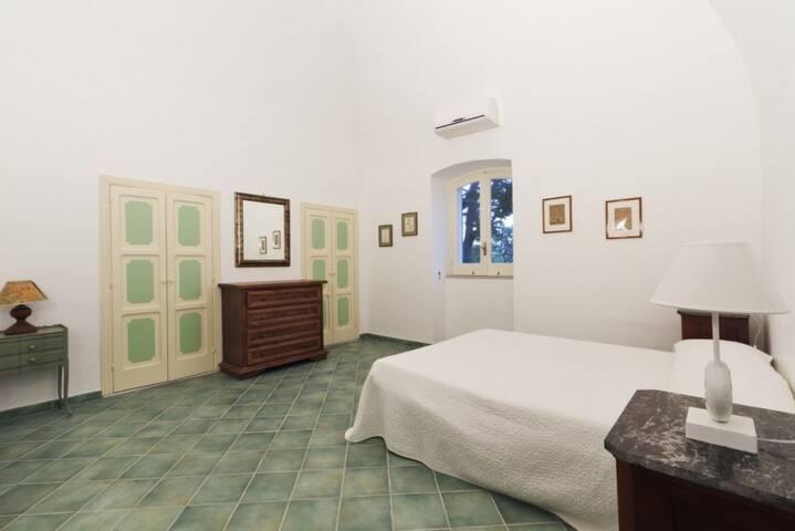 Villa Verde/ La Limonaia - Ventotene - House