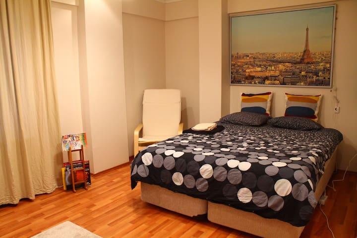 Clean Cosy Apartment Close to ATATURK Airport - Bahçelievler - Apartment