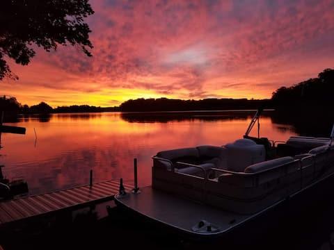 ❤ Sylvan Lake Escape ❤  Kayaks ❤ Huge Covered Deck
