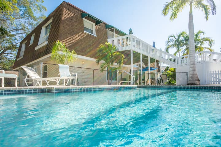 Almost on the beach & pool - Come see the quartz - Siesta Key - Apartment