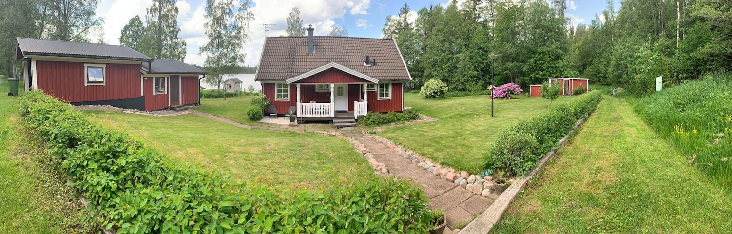 Modern, lakeside living in Småland