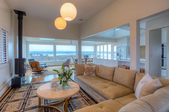 Gloucester Beach Home w/Ocean Views!