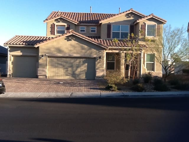 3295 SQ FT FULLY FURNISHED Houses For Rent In North Las Vegas Nevada Uni