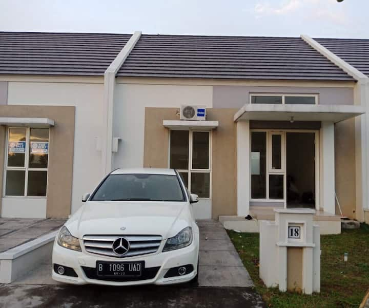 Brand new house + CHEAP too! With air-con & bed