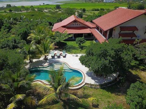 New lakefront safari villa with pool near Yala