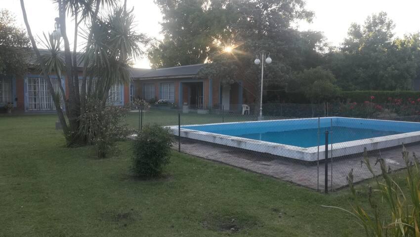 Casa quinta en Mercedes B.