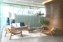 Solinea Tower 1 Lobby