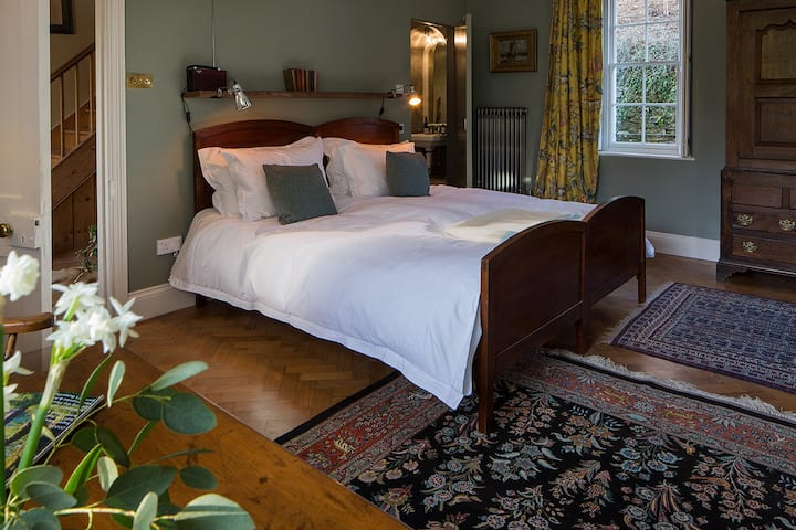 Coombe Farm Goodleigh B&B - Green room