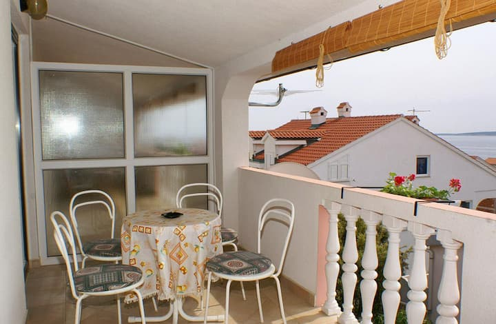 Two bedroom apartment with terrace and sea view Mandre, Pag (A-523-d)
