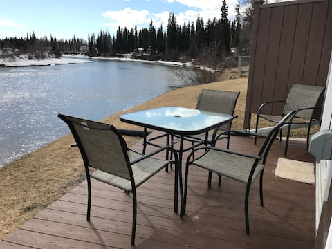 ★ The Chena River House River Suite ★