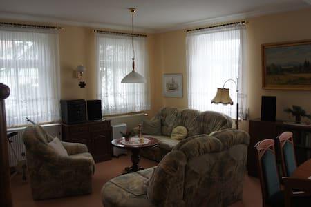 Ferienwohnung mit 71  qm in der Villa Anna - Wilthen - Lägenhet