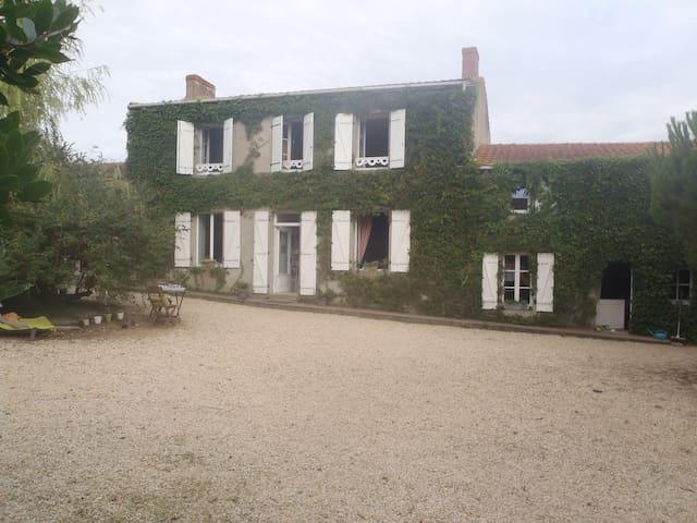 maison ancienne - Saint-Viaud